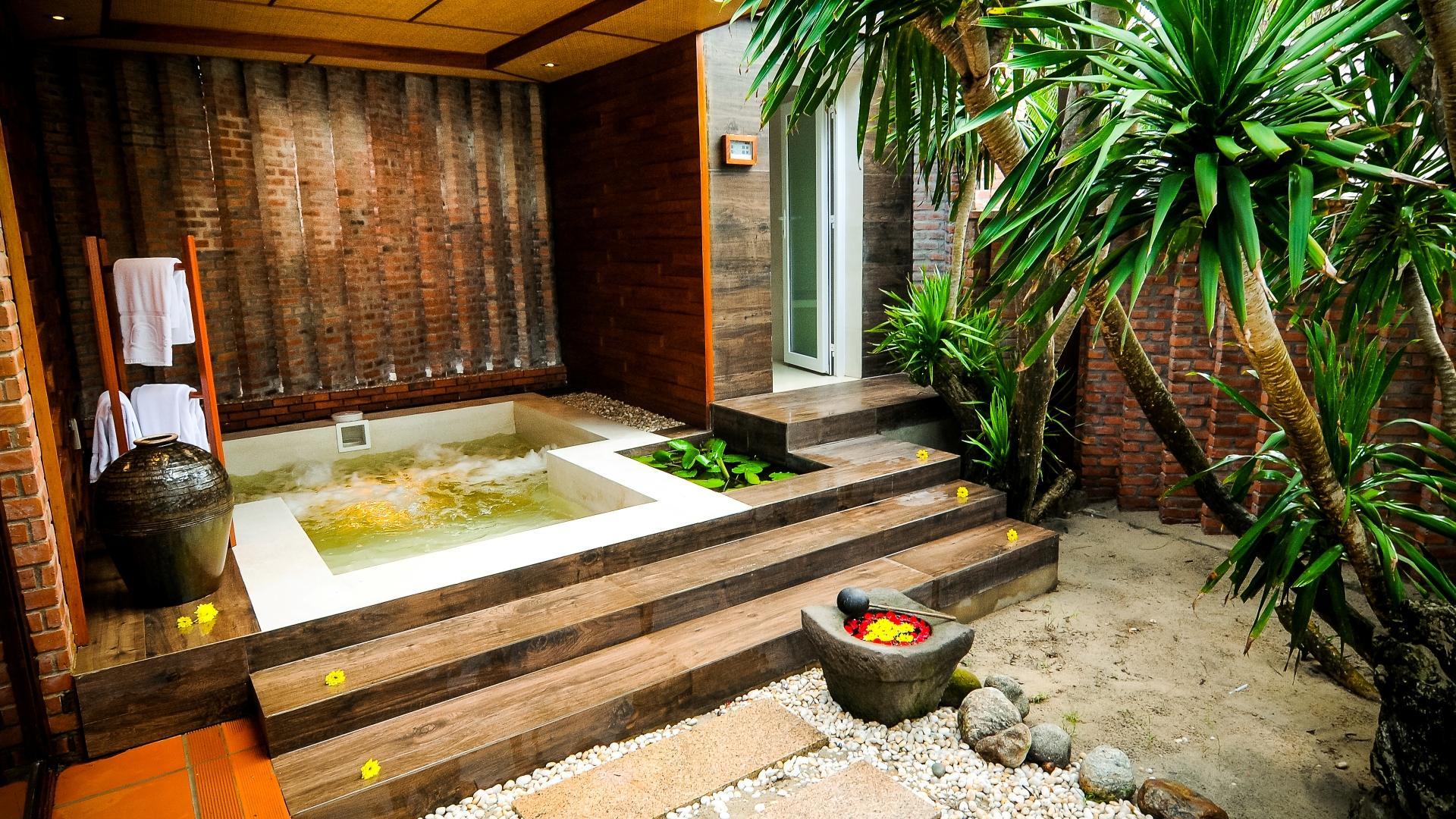 Hotels Worldwide 5 Star Luxury Hotel Dlw Official Site Hoi An Vietnam Cua Dai Beach